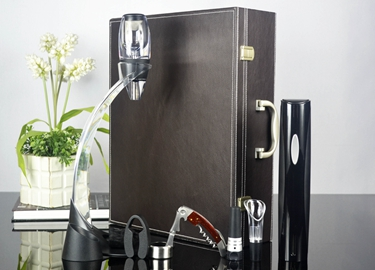 百诣升级版·干电池电动开瓶器黑色款11件套BY217